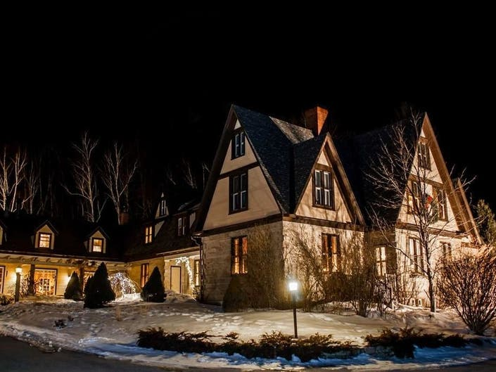 A Historic, 3 Level Estate In The White Mountains: Wow!