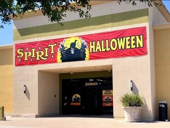 Halloween New Hampshire 2020 Spirit Halloween Opens 12 Stores In New Hampshire: Here's Where