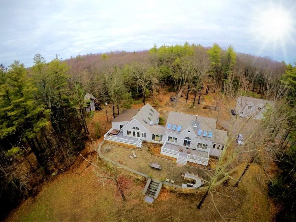 378 Captain Clark Highway In Wilton, New Hampshire: Nearby Wow!