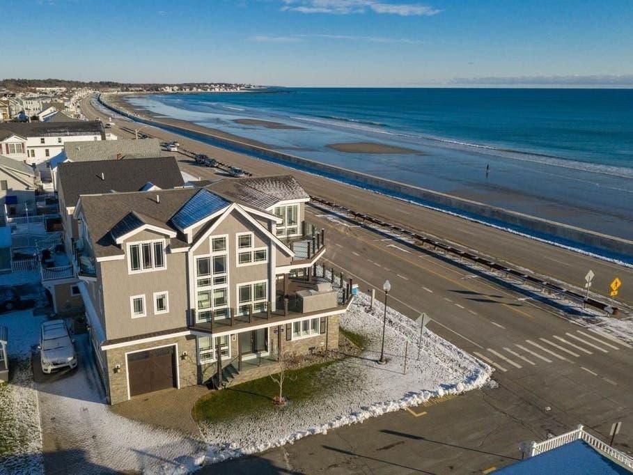 Hampton Beach New Hampshire Casino & Ocean Boulevard Linen