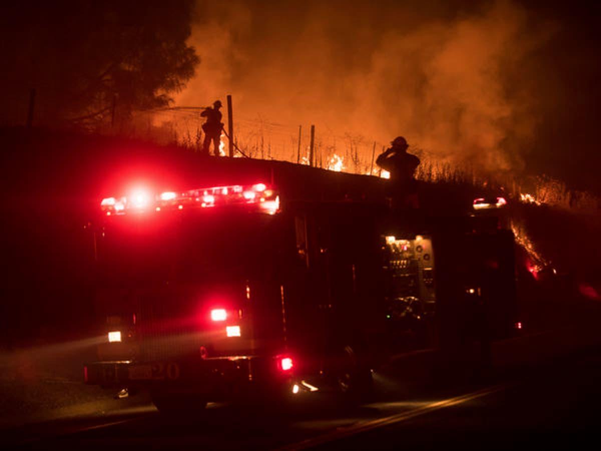 San Diego-Area Firefighters Help Battle Detwiler Fire | San