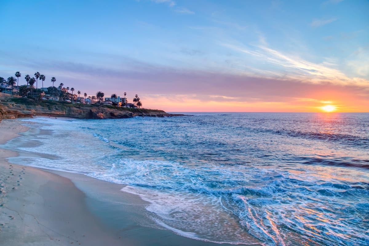 Best Gulf-Front Beach View in Destin! - VRBO