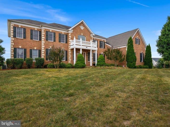 Look Inside: $1.2 Million Georgian Home For Sale In Ashburn