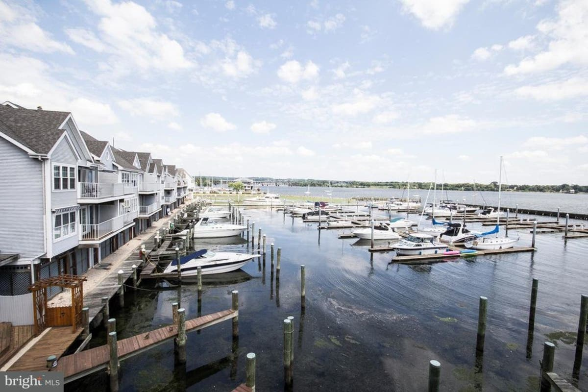 Havre de Grace WOW House: Waterfront Townhome With Big Slip