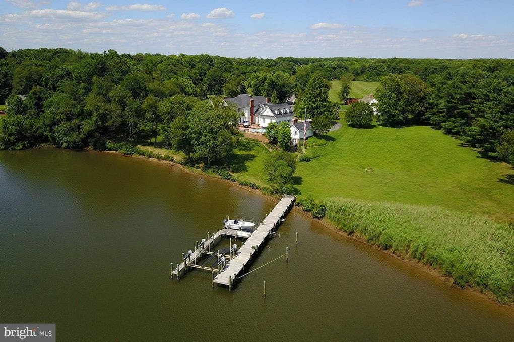 Giant Guest House, Bayfront Abode, Stone Estate: MD Dream Homes