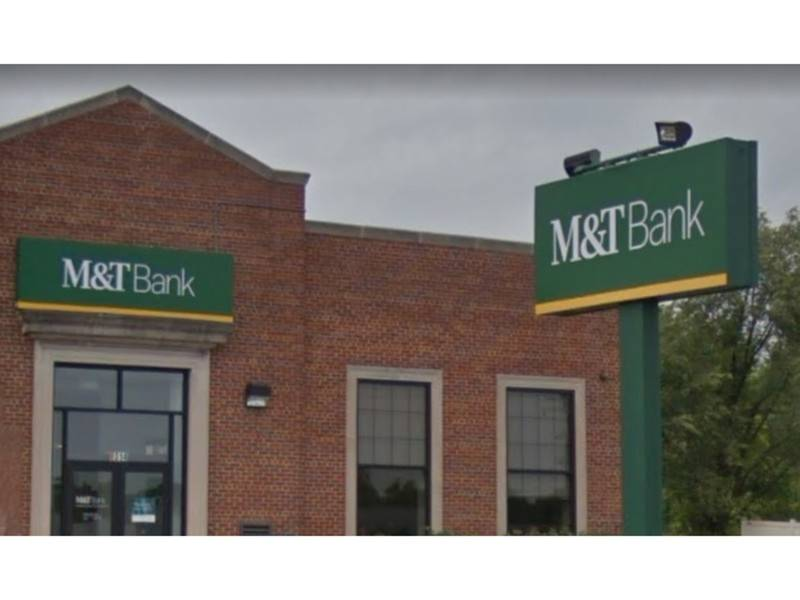 M&T Bank Robbed Near Rosedale: Police
