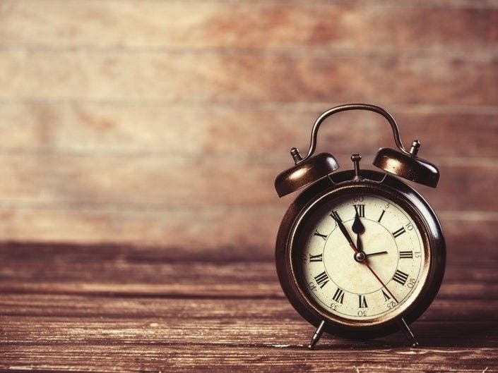 NY Senator Wants To Keep Daylight Saving Time All Year [POLL]