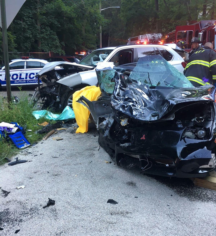 Department Of Motor Vehicles Huntington Ny: 2 Hurt In Head-On Huntington Crash