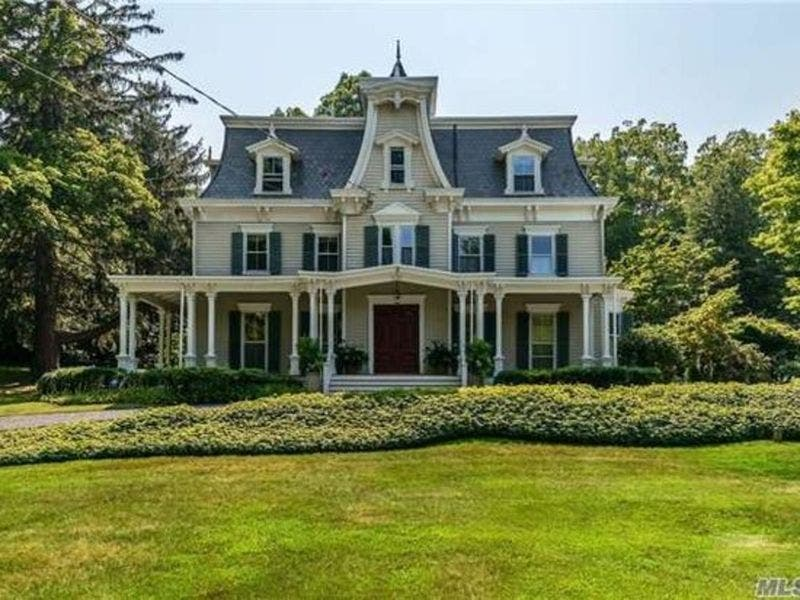 Homes For Sale Long Island: 8 Long Island Homes Built In The 1800s For Sale