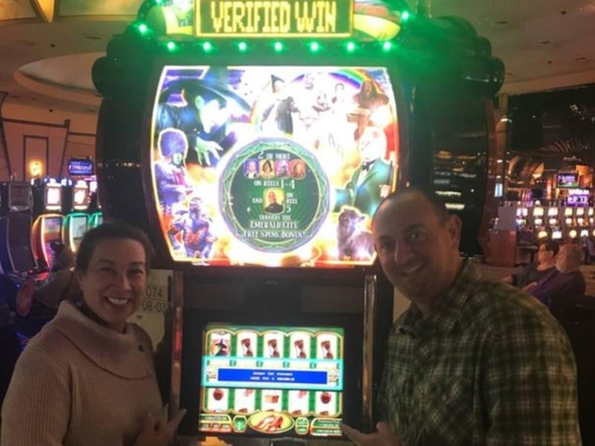 seneca casino Slot