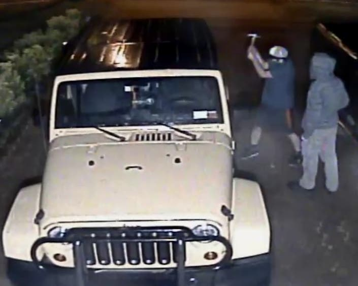 Police Seeking Duo Who Damaged Cars in Miller Place