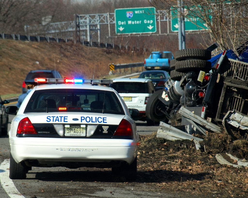 1 Seriously Injured In 'Crazy' Accident On I-80 In New