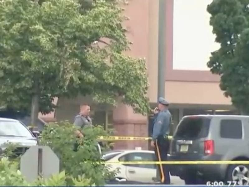 woman killed  suspect search after frantic nj mall shooting melee
