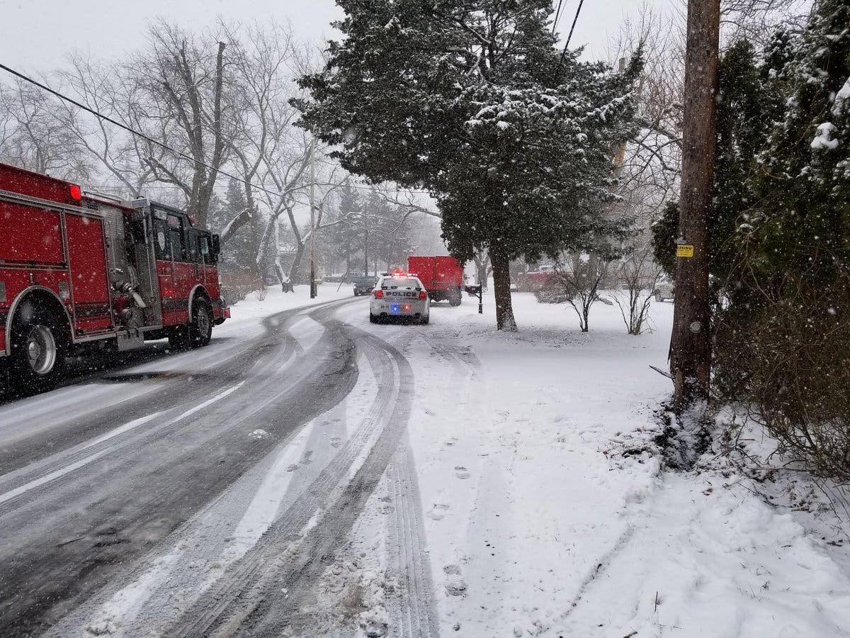 Crashes Make Mess Of NJ Roads, Snow Totals Rise As Storm