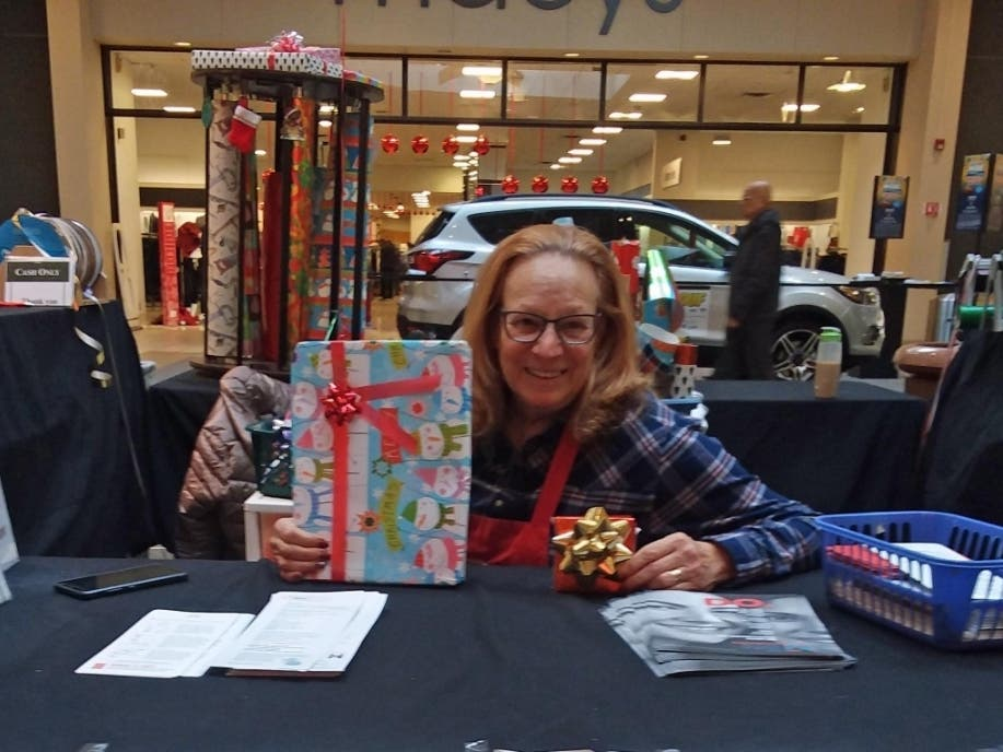 Holiday Gift Wrappers Raise Funds For Medical Research East Brunswick Nj Patch