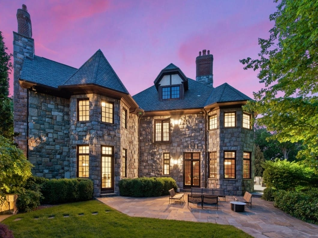 Luxury Homes Sales Keep Leaping Up In The Hudson Valley