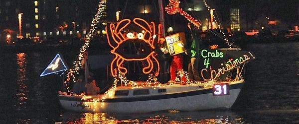 Dd Christmas.Annapolis Named One Of America S Best Small Towns For