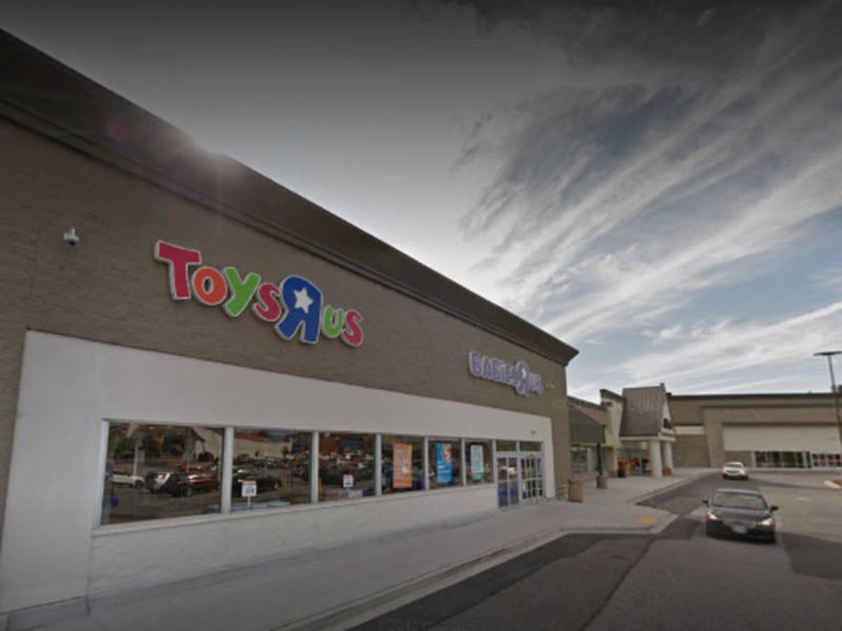 21 Toys R Us Locations In Virginia Get Final Closing Day Fairfax City Va Patch