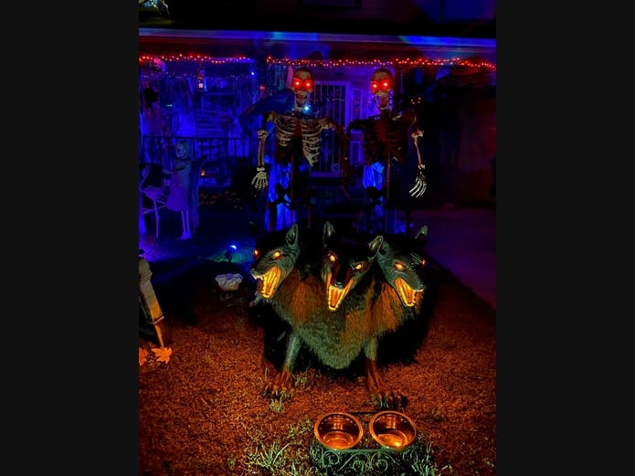 Md Cd Christmas Lights 2020 Maryland Halloween Guide 2020: Haunted Yards, Pumpkin Patches