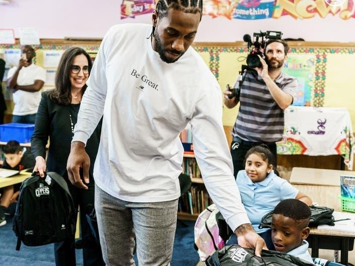 Clippers Kawhi Leonard Donates 1M Backpacks To Every LAUSD Kid