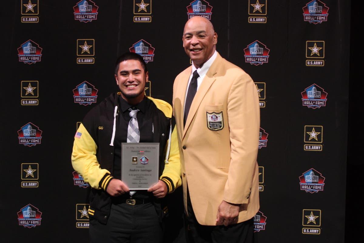 the best attitude 5e18a 8e53d VVSD Senior Finalist For Army Pro-Football Hall Of Fame ...