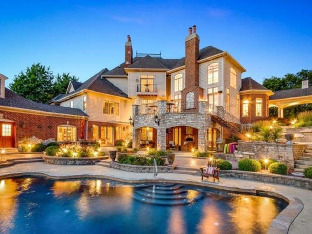 Free Treehouse No Expense Spared Mansion Illinois Wow