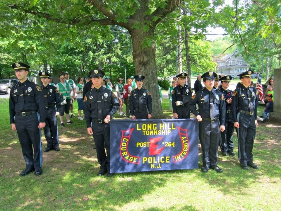 LONG HILL POLICE EXPLORERS PROGRAM Looking for New Members
