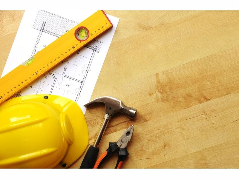 Construction Worker Pierces His Own Heart With Nail Gun In