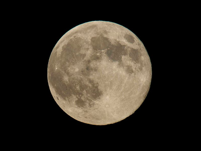 full supermoon at March 2019 equinox Supermoon_nasabill_ingalls-1553016863-8023
