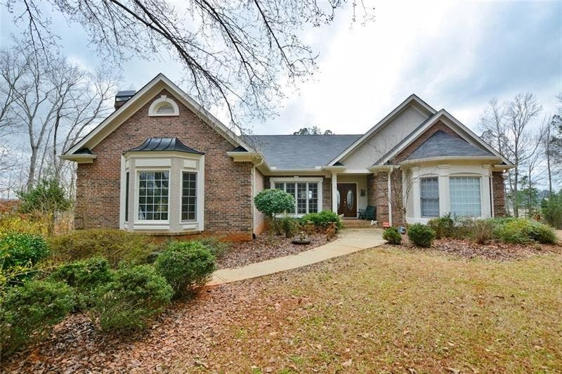 Excellent Douglasville Wow House 750 000 Buys 16 Acres Guest House Beutiful Home Inspiration Ponolprimenicaraguapropertycom