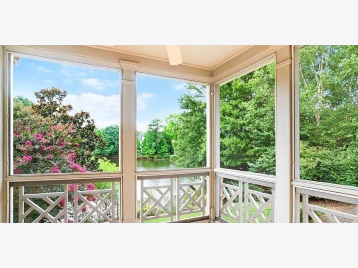 Groovy Ga Wow Houses Backyard Oasis 4 Decks Natural Light Interior Design Ideas Inamawefileorg