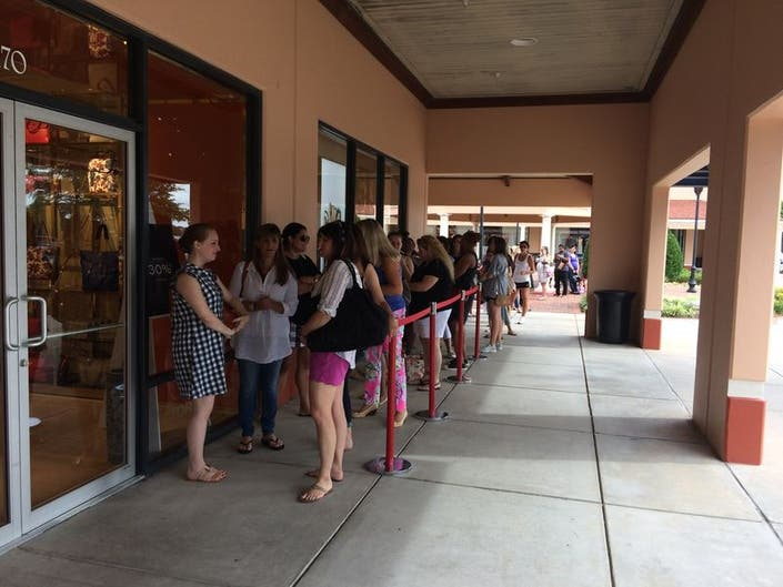 44d7a03561b ... Tory Burch Outlet now open at North Georgia Premium Outlets-0 ...