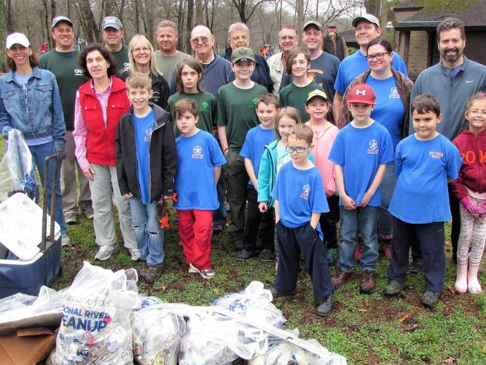 Volunteers Collect Almost 360 Pounds Of Trash In East Windsor